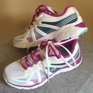 Easy Spirit e360 Inflight Leather Athletic Shoes